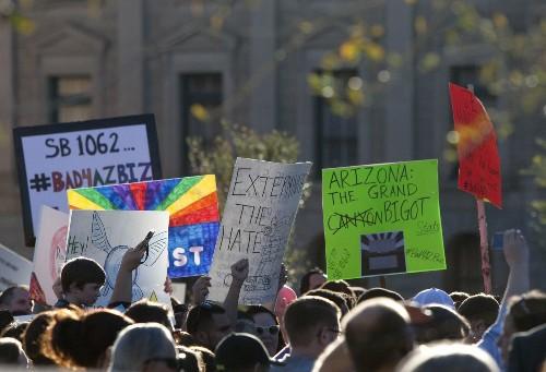 McCain, others urge Arizona governor to veto bill criticized as anti-gay