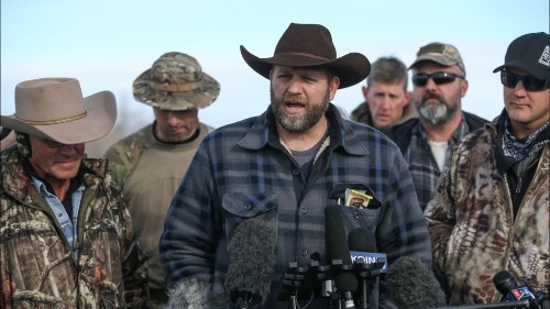 A bullet hole, a mystery and an FBI agent's indictment — the messy aftermath of the Oregon refuge standoff - Los Angeles Times
