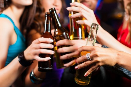 Youthful binge drinking changes the brain - for the worse - into adulthood - Los Angeles Times