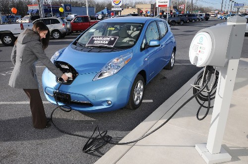 Californians' purchases of plug-in electric cars top 100,000