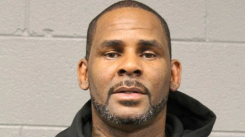 R. Kelly in court as judge issues $1 million bond and calls allegations 'disturbing'