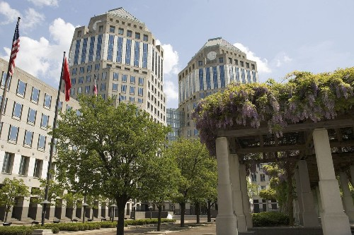 Procter & Gamble to slash about 100 brands