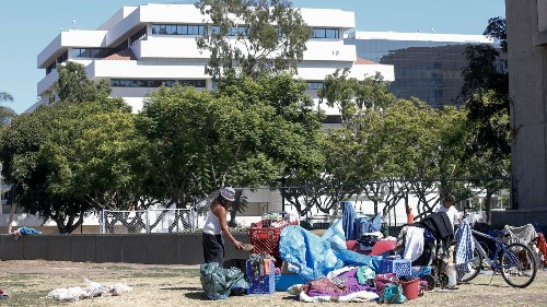 Santa Ana city council declares 'crisis' over homeless encampments in civic center - Los Angeles Times