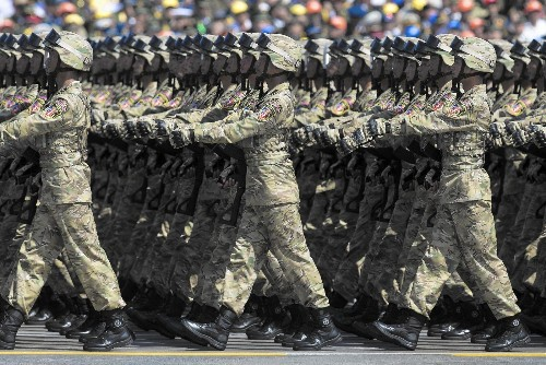 China's troop-cut plan is more about modernization than peace, analysts say - Los Angeles Times