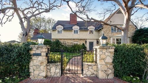 TV writer Brenda Hampton sells Toluca Lake home where Denzel Washington once lived