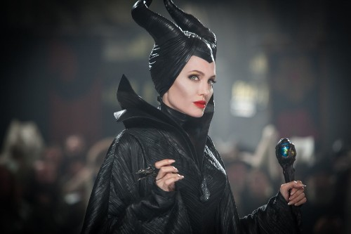 'Maleficent': How does the fairy-tale update stack up? - Los Angeles Times