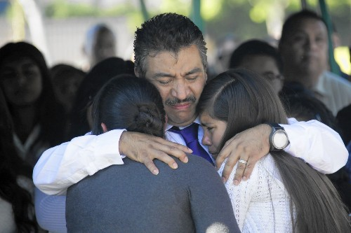 'Life is temporary': Hundreds mourn 3 girls killed on Halloween - Los Angeles Times