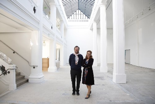 L.A.'s Hauser Wirth & Schimmel is out to upend the definition of a gallery - Los Angeles Times