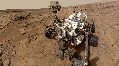 Happy anniversary Curiosity! Rover marks first Martian year on Mars