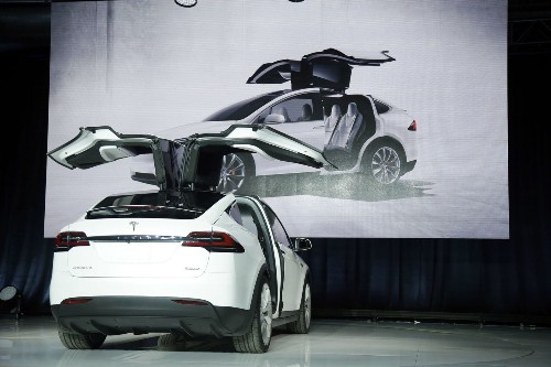 Tesla delivered only 6 Model X SUVs -- and Elon Musk took one for himself