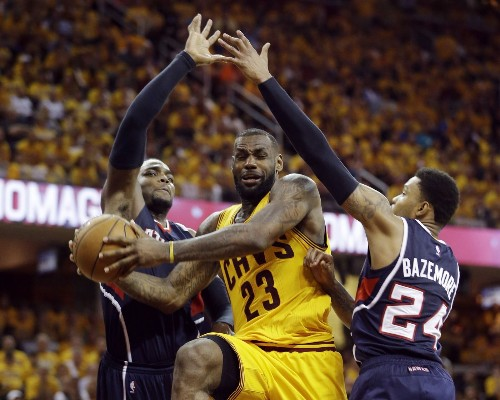LeBron James starts slow but carries Cavaliers past Hawks in Game 3