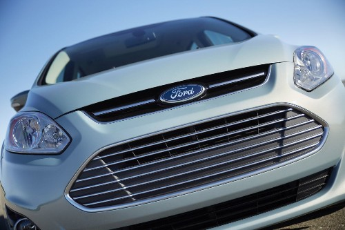 Ford recalls 850,000 vehicles for airbag problem
