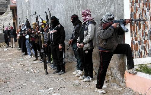 Kerry vows to help Iraq fight militants, says U.S. won't send troops