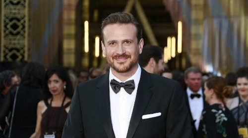 Jason Segel of 'How I Met Your Mother' buys charming Pasadena home for almost $4.3 million