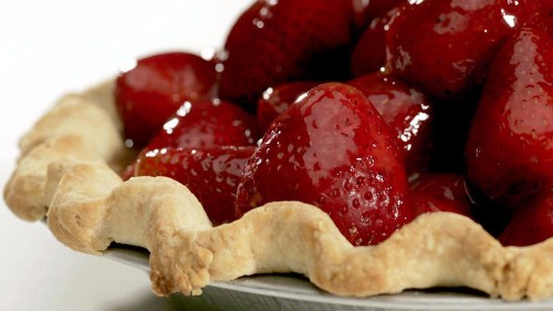 How to make the best pie dough ever, and use it to make this strawberry pie