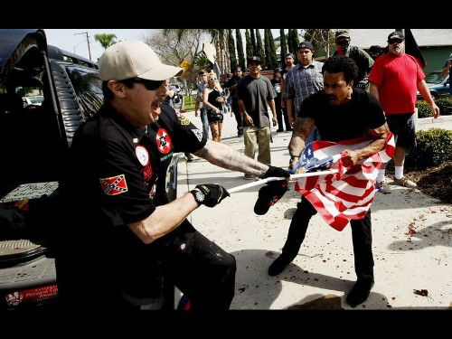 Man stabbed at Anaheim KKK rally calls for investigation of police - Los Angeles Times