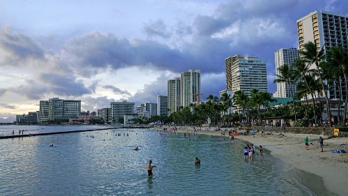 How to find and buy a fare deal to Hawaii