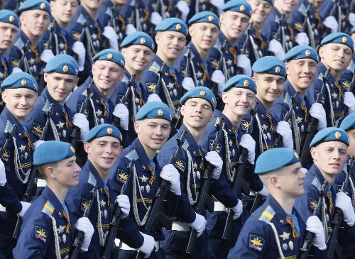 Raining on Putin's parade: Why so many no-shows for WWII celebration?