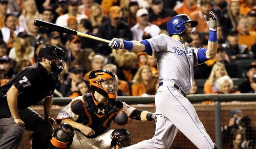 Royals getting harder to deal with, beat Giants and lead World Series
