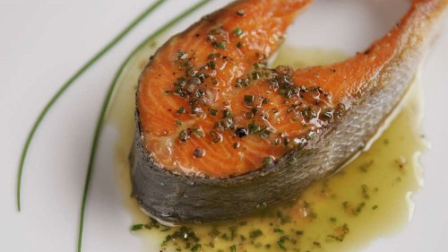 Vegetarians who ate fish had lowest colorectal cancer risk, study says