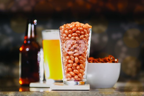 Jelly Belly debuts draft beer flavor jelly bean; tastes wheaty, smells yeasty