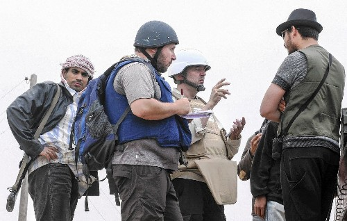 U.S. considers attacking Islamic State militants in Syria
