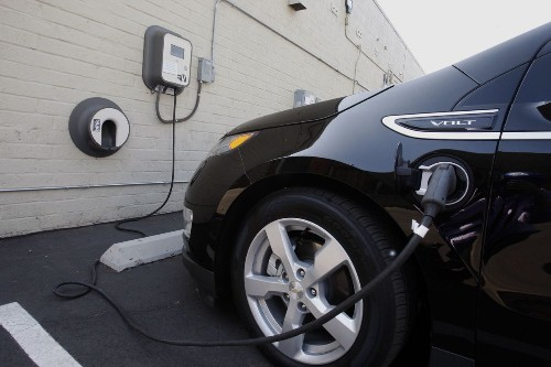 California lawmakers unplug the state's electric car program