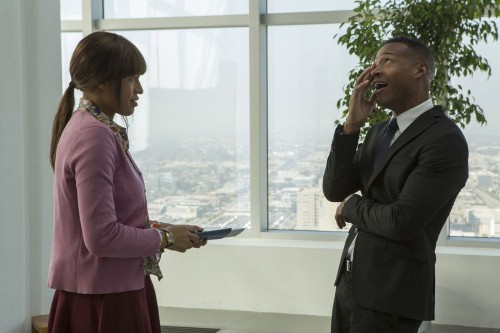 Marlon Wayans' parody 'Fifty Shades of Black' targets 'Grey,' fetishism, sexism and racism - Los Angeles Times
