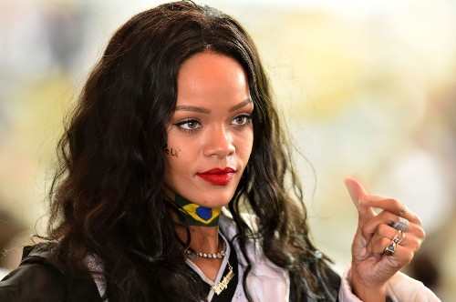 CBS cancels Rihanna performance ahead of Thursday night's NFL game - Los Angeles Times