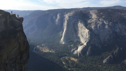 Yosemite deaths highlight the danger behind those glorious Instagram posts - Los Angeles Times