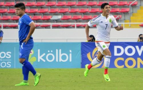 Uriel Antuna and Diego Polenta near deals with Galaxy