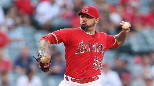 Angels defeat Red Sox, 5-2, as trade deadline looms