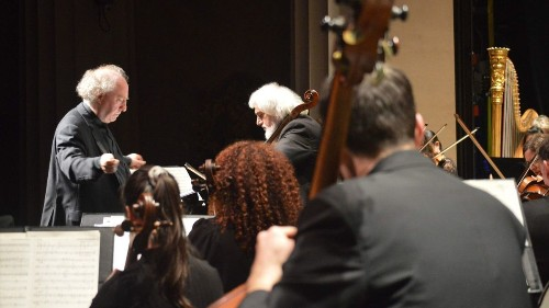 Review: Jeffrey Kahane returns to L.A. Chamber Orchestra with Mozart and more