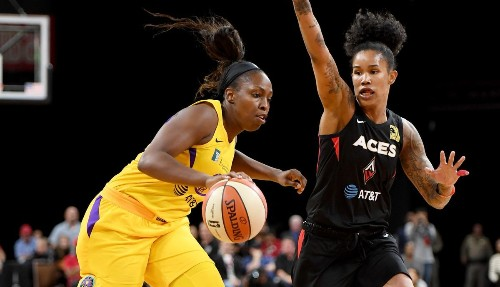 Chelsea Gray has become the Sparks' go-to player early this season