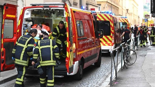 Blast in French city of Lyon wounds 7