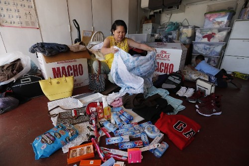 These boxes are a billion-dollar industry of homesickness for Filipinos overseas - Los Angeles Times