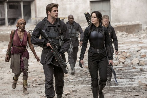 'Hunger Games: Mockingjay -- Part 1' wins slow weekend at box office
