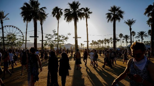 Coachella 2017 passes will go on sale Wednesday - Los Angeles Times