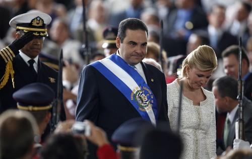El Salvador police arrest ex-President Tony Saca on corruption allegations