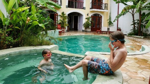 Whether you're traveling in Nicaragua or Nevada, here are five rules for keeping your kids happy