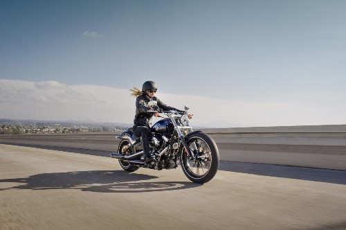 Harley-Davidson study: Women who ride are happier, more fulfilled - Los Angeles Times