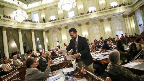 Sorry, we're stuck with the electoral college. But there is a workaround - Los Angeles Times