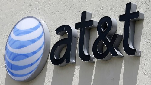 AT&T loses more subscribers as it focuses on cutting debt