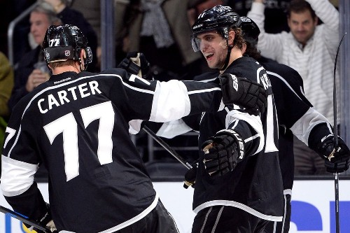 Kings wipe out three-goal deficit to beat Blues, 6-4