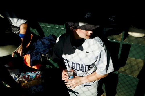 Transgender teenage ballplayer at Santa Monica prep school spreads message of hope and acceptance - Los Angeles Times