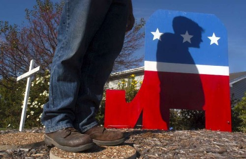Do conservatives die sooner than liberals? New study weighs in