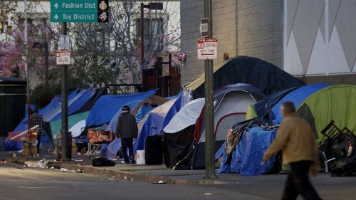 Inspectors find deplorable conditions on L.A.'s skid row: Overflowing trash and burrowing rodents