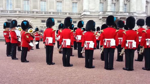 Queen's Guard performs the 'Game of Thrones' theme