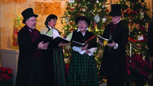 Where to catch carolers, concerts and more holiday fun across the Midwest - Los Angeles Times