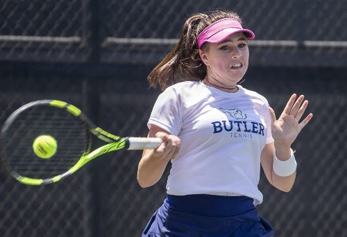 Corona del Mar's Roxy MacKenzie bows out at USTA SoCal Junior Sectionals